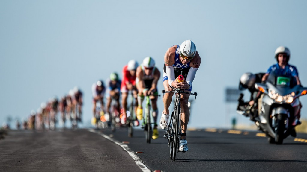 Andy Potts Leads Bike Train - Ironman 2014 World Championship