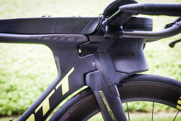 Jodie Swallow - Scott Plasma 5 Super Aero Front End with integrated Nutrition and Custom Aero Bars