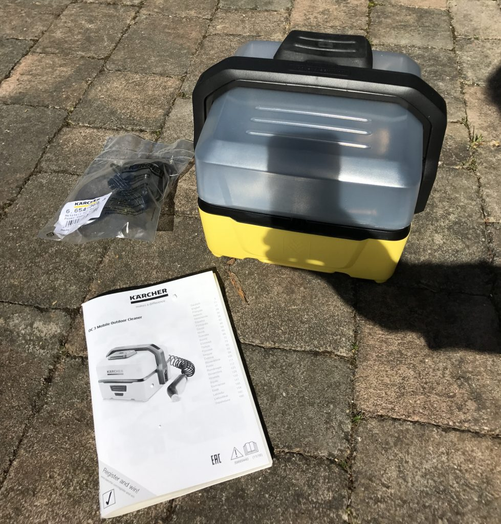 Kärcher OC3 Mobile Outdoor Cleaner - Box Contents