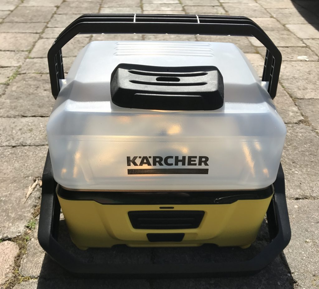 Kärcher OC3 Mobile Outdoor Cleaner - Front On, Ready to remove reservoir
